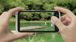 Capture-a-moment-with-a-smart-phone