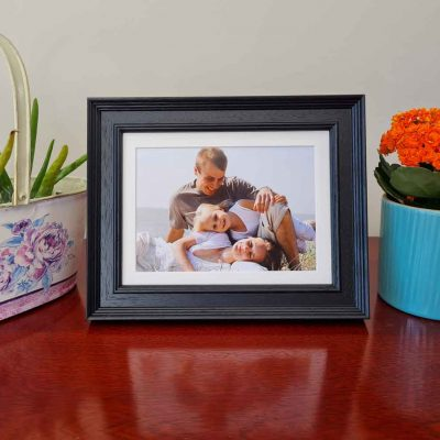 Tivoli Black Framed Family photo