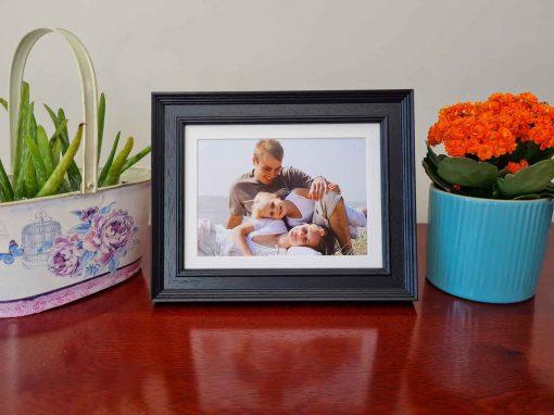 Tivoli Black Framed Family photo