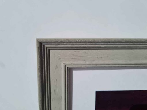 Tivoli grey Frame closeup