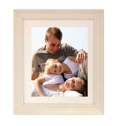 Tivoli Picture Frame Vellum colour with family image